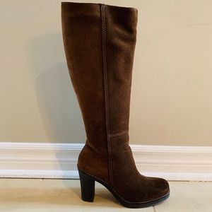 La Canadienne Suade Boots